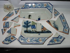Faience plate for restoration